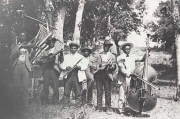 Juneteenth celebration in 1900 at Eastwoods Park. Credit: Austin History Center